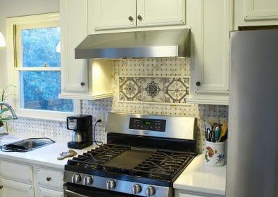 Beautiful Traditional Kitchen Backsplash