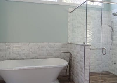 Freestanding Tub and Shower