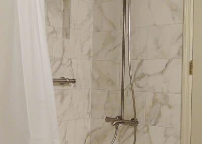 Guest Bathroom Shower Tub Design